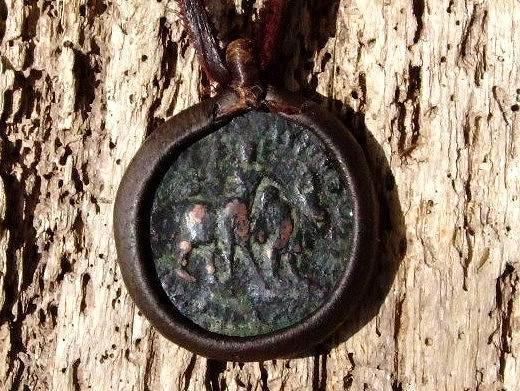 白砂勝敏 鉱物ジュエリー オールドコイン