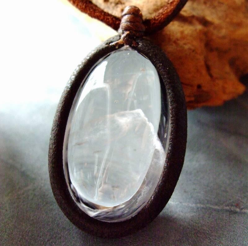 白砂勝敏 鉱物ジュエリー ファントム水晶