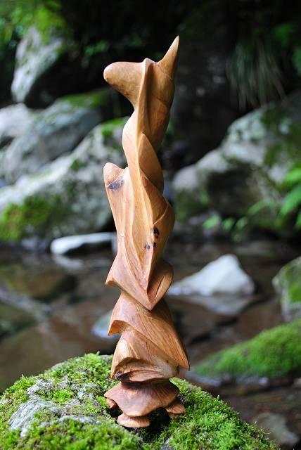 白砂勝敏 木彫刻 羽化